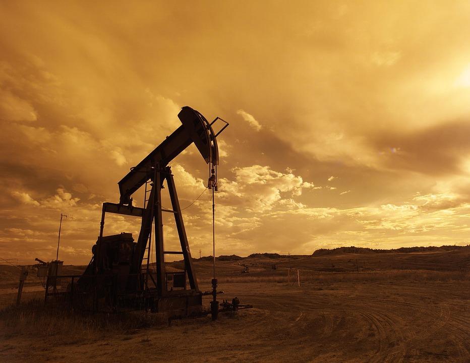 原油価格が通貨危機を引き起こす